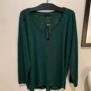 Nally and Millie Round Neck Forest Basic Top